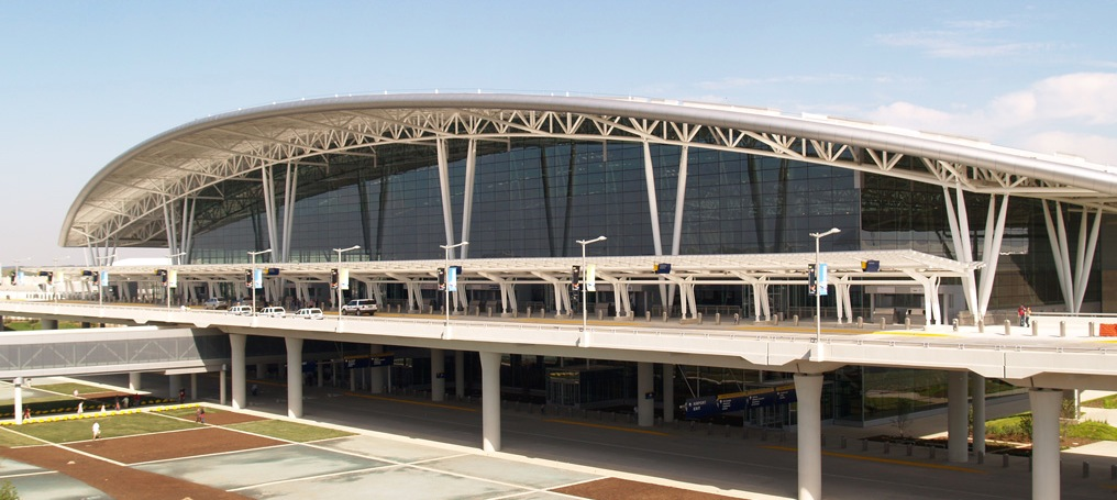 New Indianapolis Terminal Lives Up AND Down To Expectations